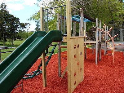 Playground Bark Auckland Wood Bark Chips Mulch Blowers
